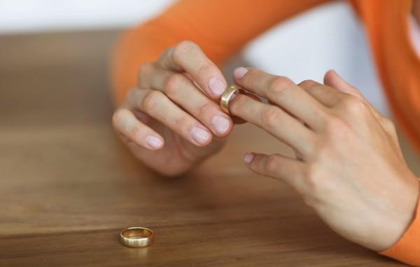 Образец заявления на расторжение брака и алименты