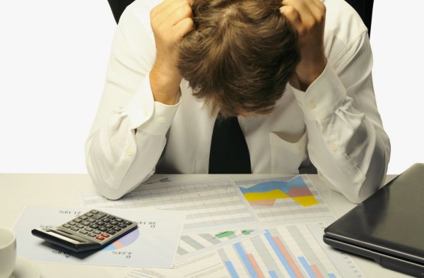 В каких случаях банк продает долг коллекторам