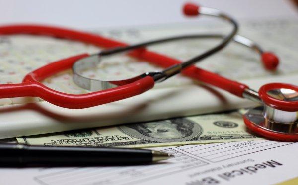 Как оформить налоговый вычет за медицинские услуги