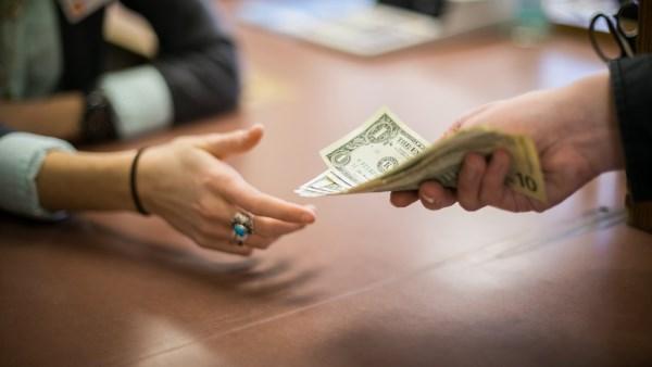Возврат долгов с физических лиц по расписке
